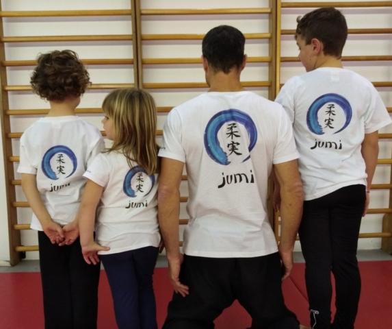 Jumi T-shirts for sale – Euro 15
